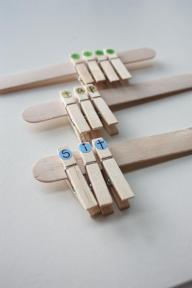 Using clothespins to teach word families